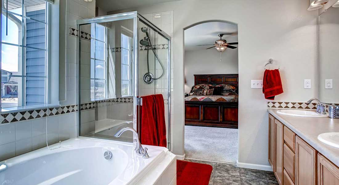 Spacious Bathrooms Found in Castle Rock CO Townhomes for Sale